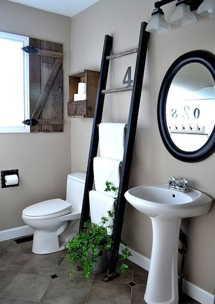 diy-bathroom-ladder